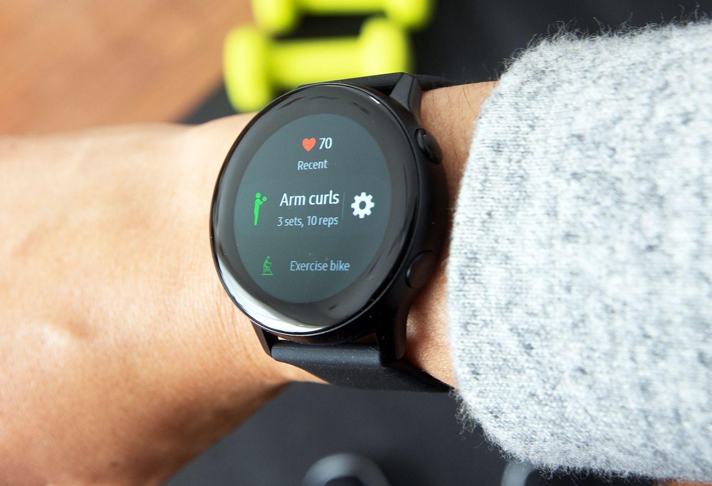 Loạt smartwatch về giá tốt, đáng chú ý tại Việt Nam - Ảnh 3.
