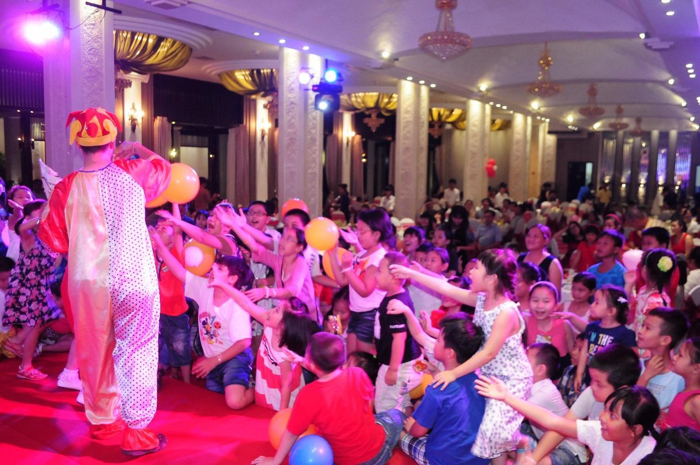 C:\Users\Administrator\Documents\Ánh sáng gia đình\tổ chức sự kiện chương trình thiếu nhi\to-chuc-su-kien-chuong-trinh-thieu-nhi-01.JPG