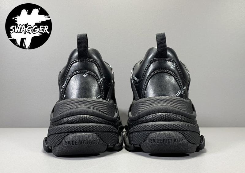 Giày balenciaga triple s tại Swagger có độ chính xác lên tới 99% so với phiên bản gốc