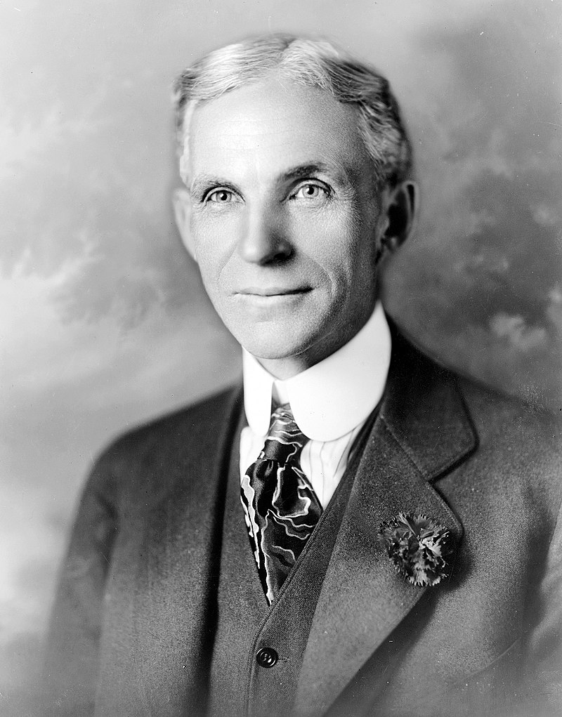 800px-Henry_ford_1919