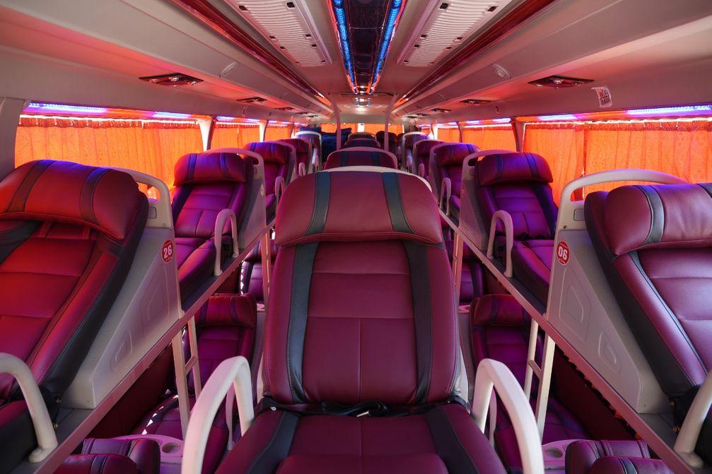 Nội thất xe Indochina Queen Travel đi Sapa từ Hà Nội