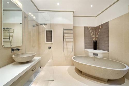 Sử dụng gạch chống trượt cho phòng tắm