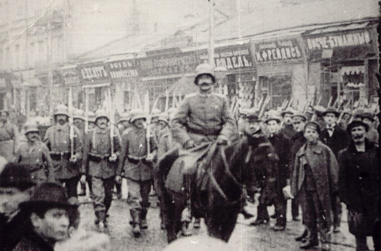 Кадри кінохроніки вступу німецьких військ в Київ. Березень 1918 року