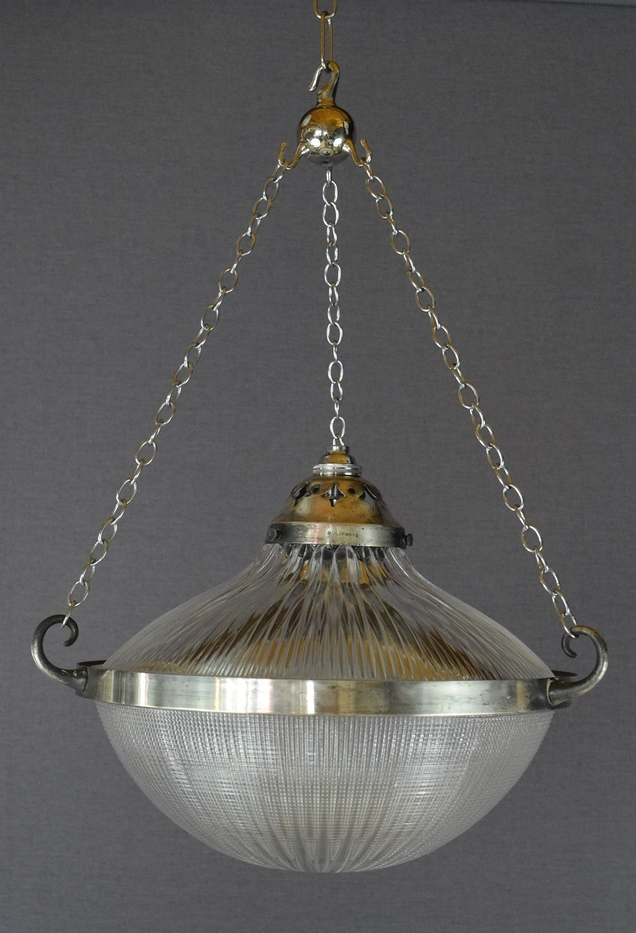 Vintage lights to dazzle us in 2020