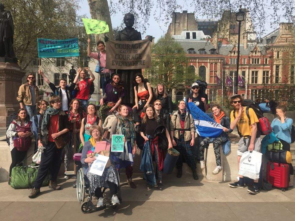 XR Glasgow arriving in Parliament Square