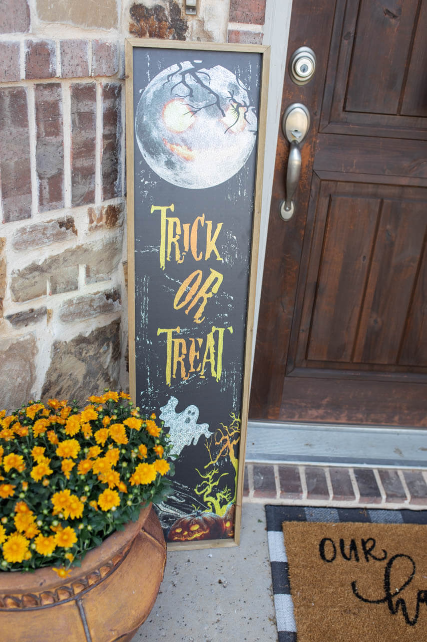 Trick or Treat Sign Decorator's Warehouse