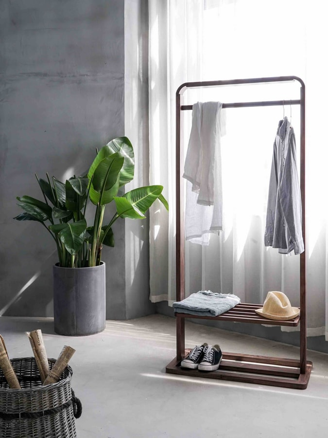 corner maximize closet space
