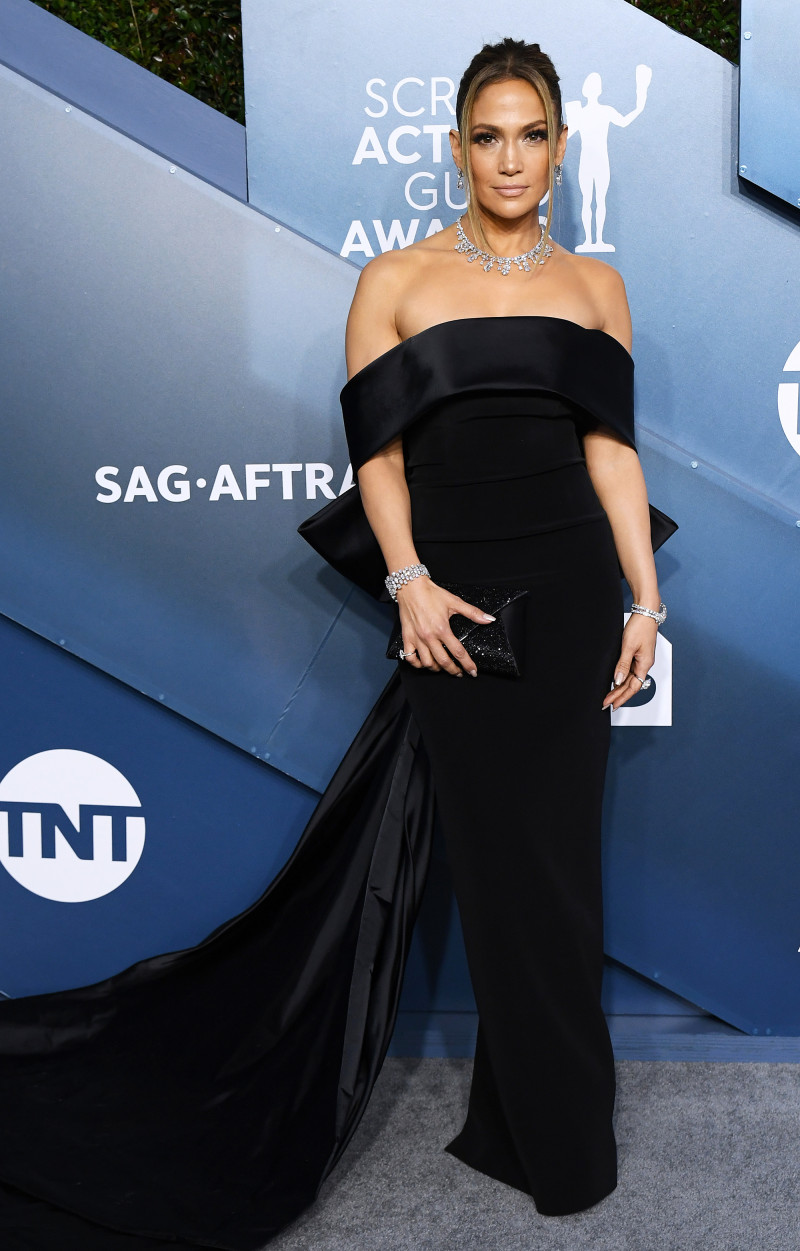 https://www.usmagazine.com/wp content/uploads/2020/01/SAG Awards 2020 Jennifer Lopez