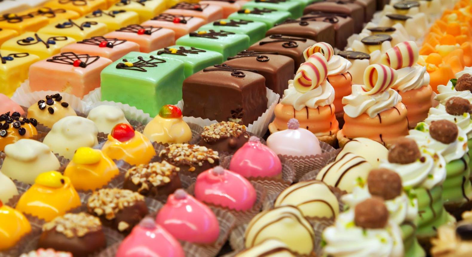 Hãy đến với banhngot.vn để được tư vấn những mẫu bánh độc đáo và mới lạ nhất