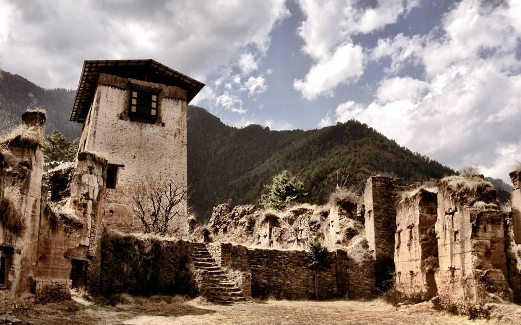 Drukgyel Dzong – Fortress of the Victorious Drukpa | North Bengal Tourism
