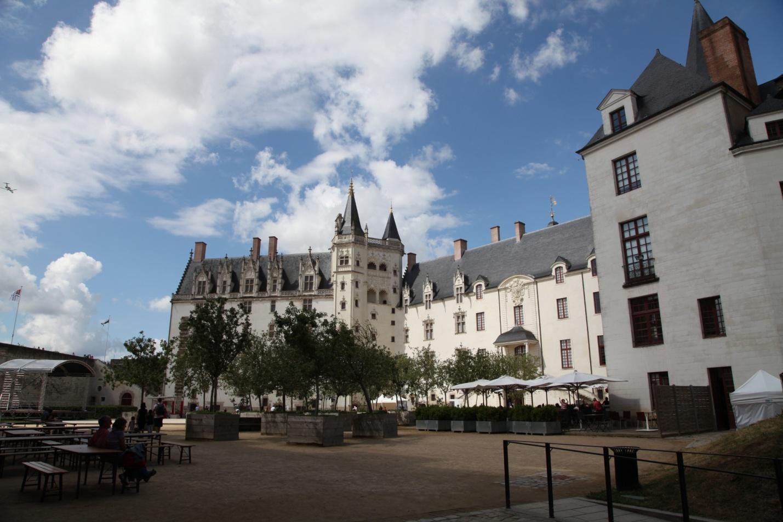 File:Nantes Chateau Ducs Bretagne PA00108657 03 JPM.JPG - Wikimedia Commons