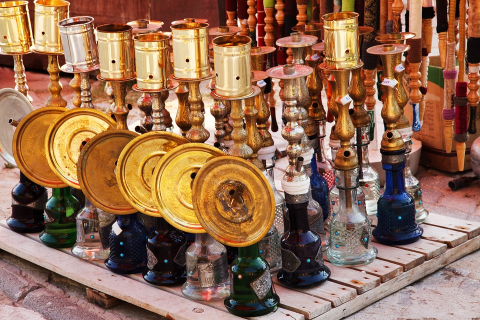 , 3 Fascinating Facts on History of the Water Bongs, ISMOKE