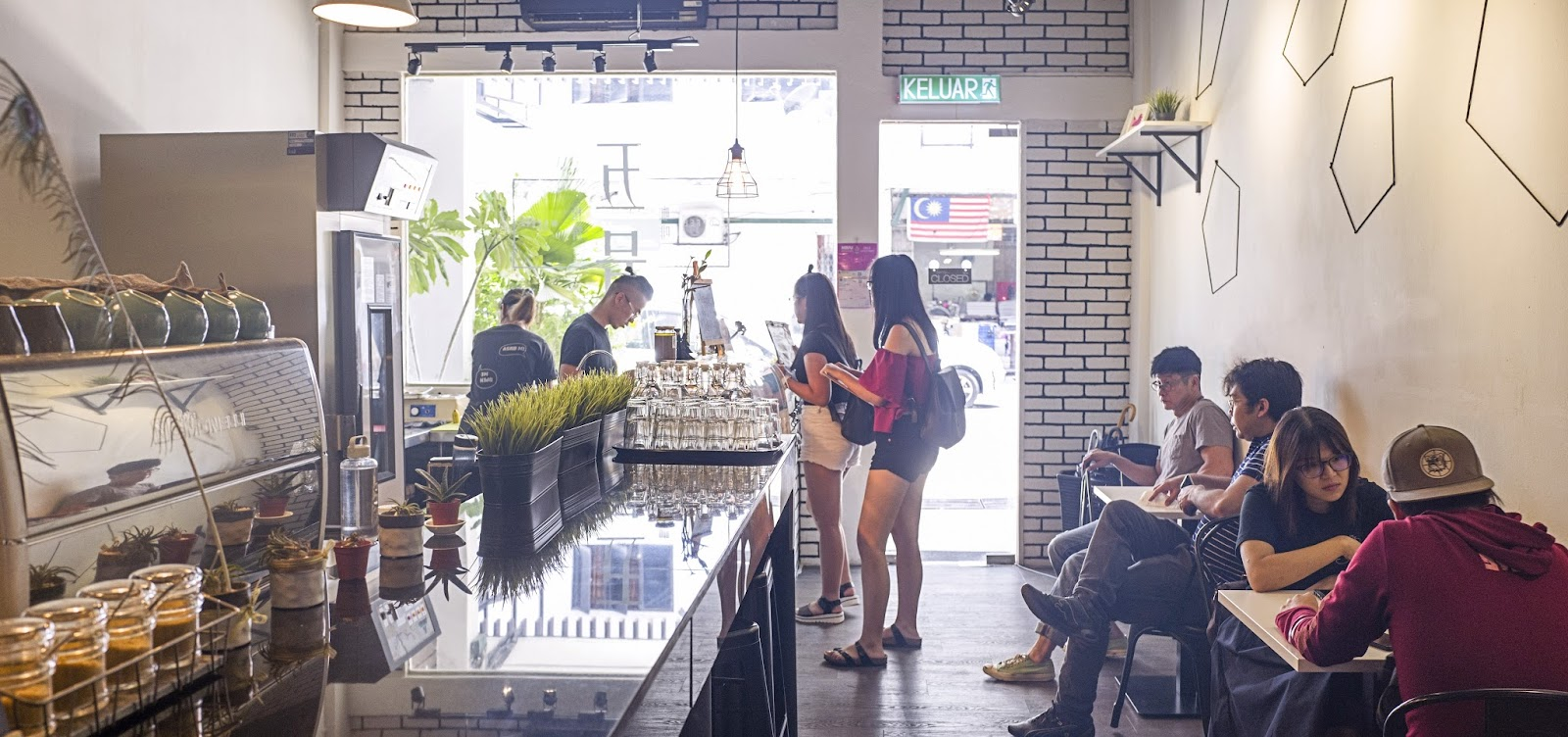 cafe-L1090120.jpg