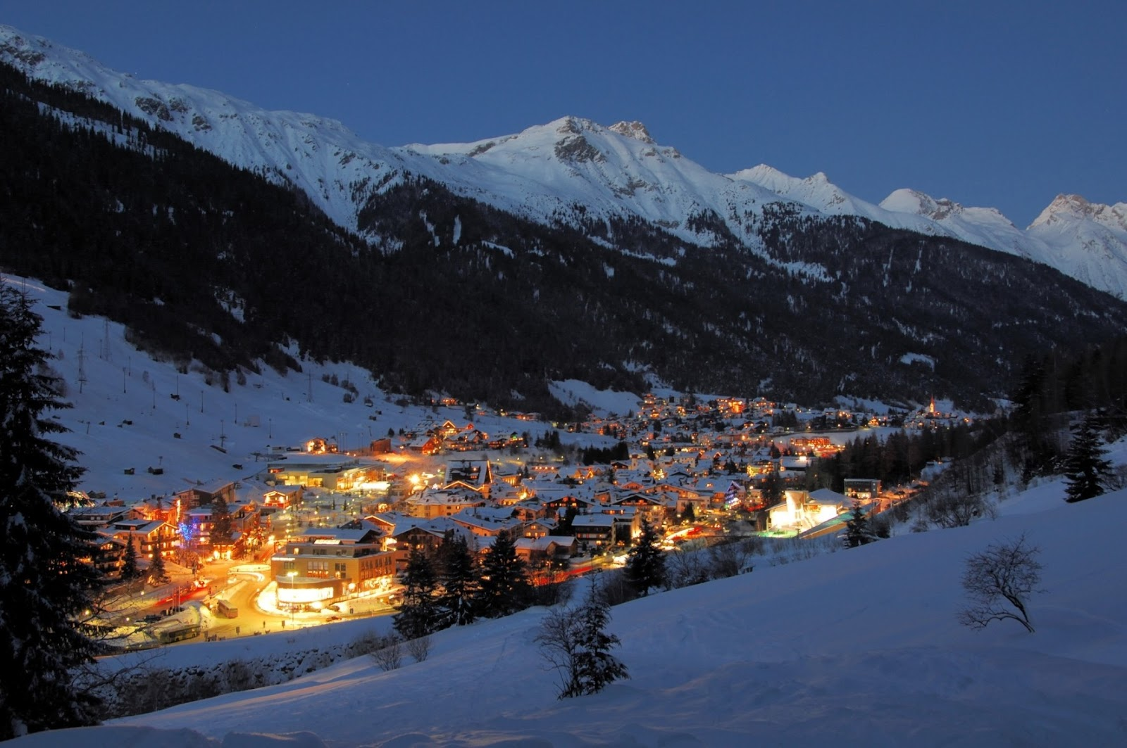 World___Austria_Shining_City_in_the_ski_resort_of_St._Anton__Austria_070329_.jpg