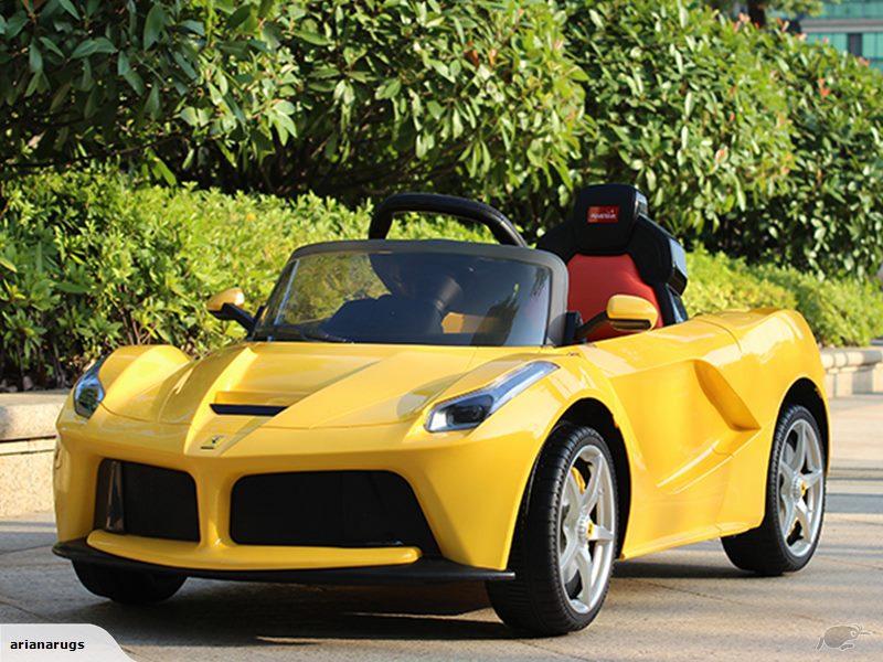 Xe hơi Ferrari 82700