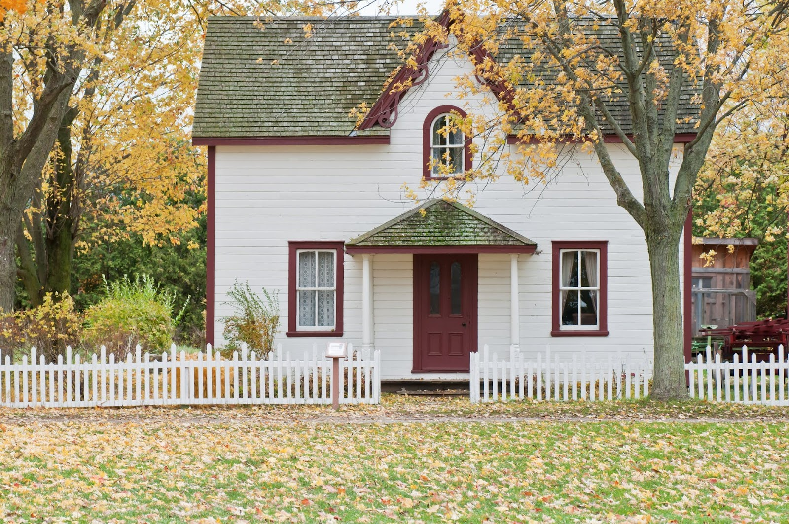 white is the best paint color for home exteriors