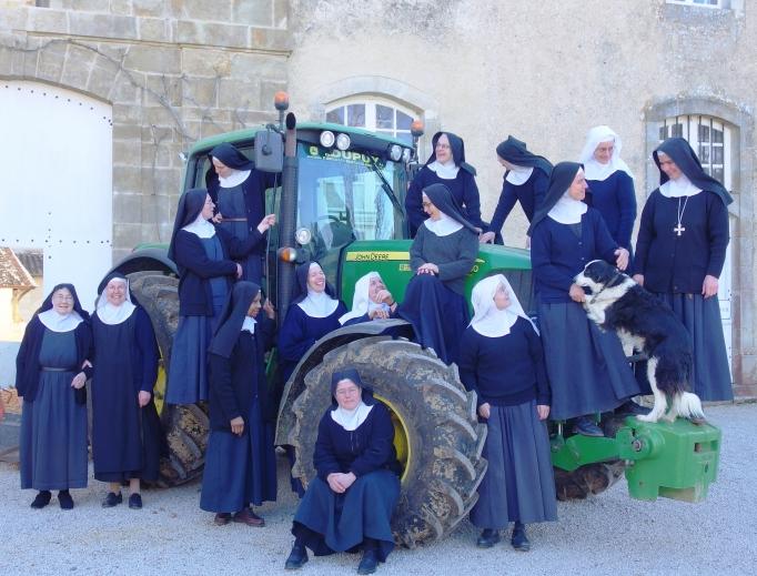 Một cộng đoàn nữ tu Xitô đem không khí tu viện thời trung cổ trở lại Pháp