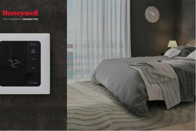 Honeywell smart thermostat ad.