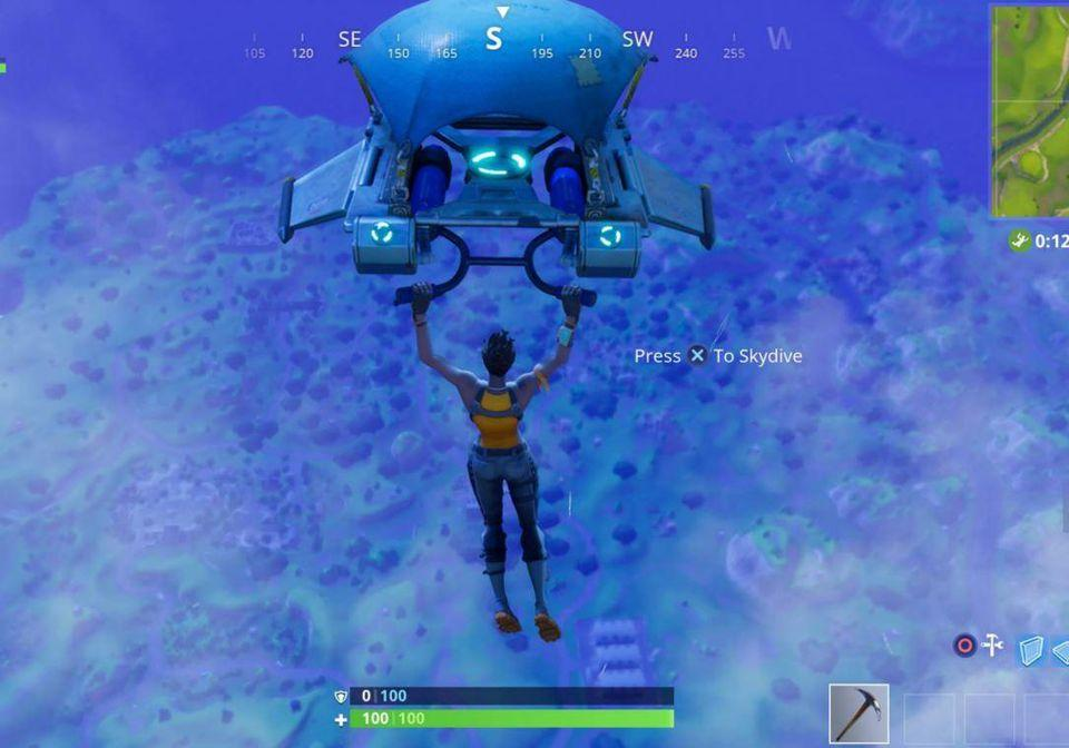 Gliding into Fortnite: Battle Royale.
