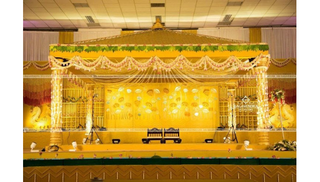 Classic Theme Wedding Stage Decoration Ideas from lh4.googleusercontent.com