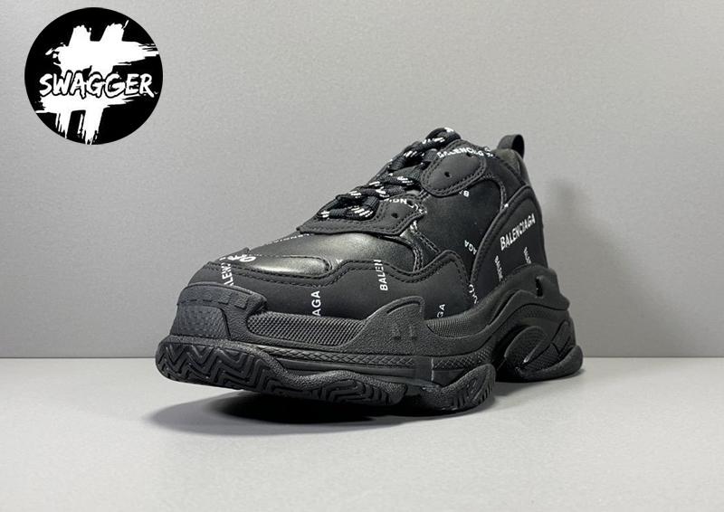 Giày balenciaga triple s Allover Logo Black được thiết kế hầm hố