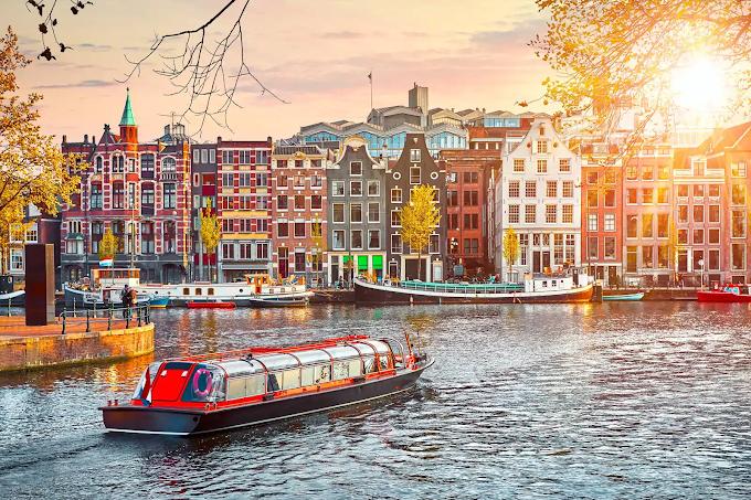 Життя та робота в Амстердамі. Місто очима ІТшників