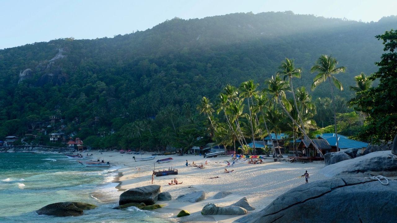 Les plages sont un avantage de vivre en Thailande