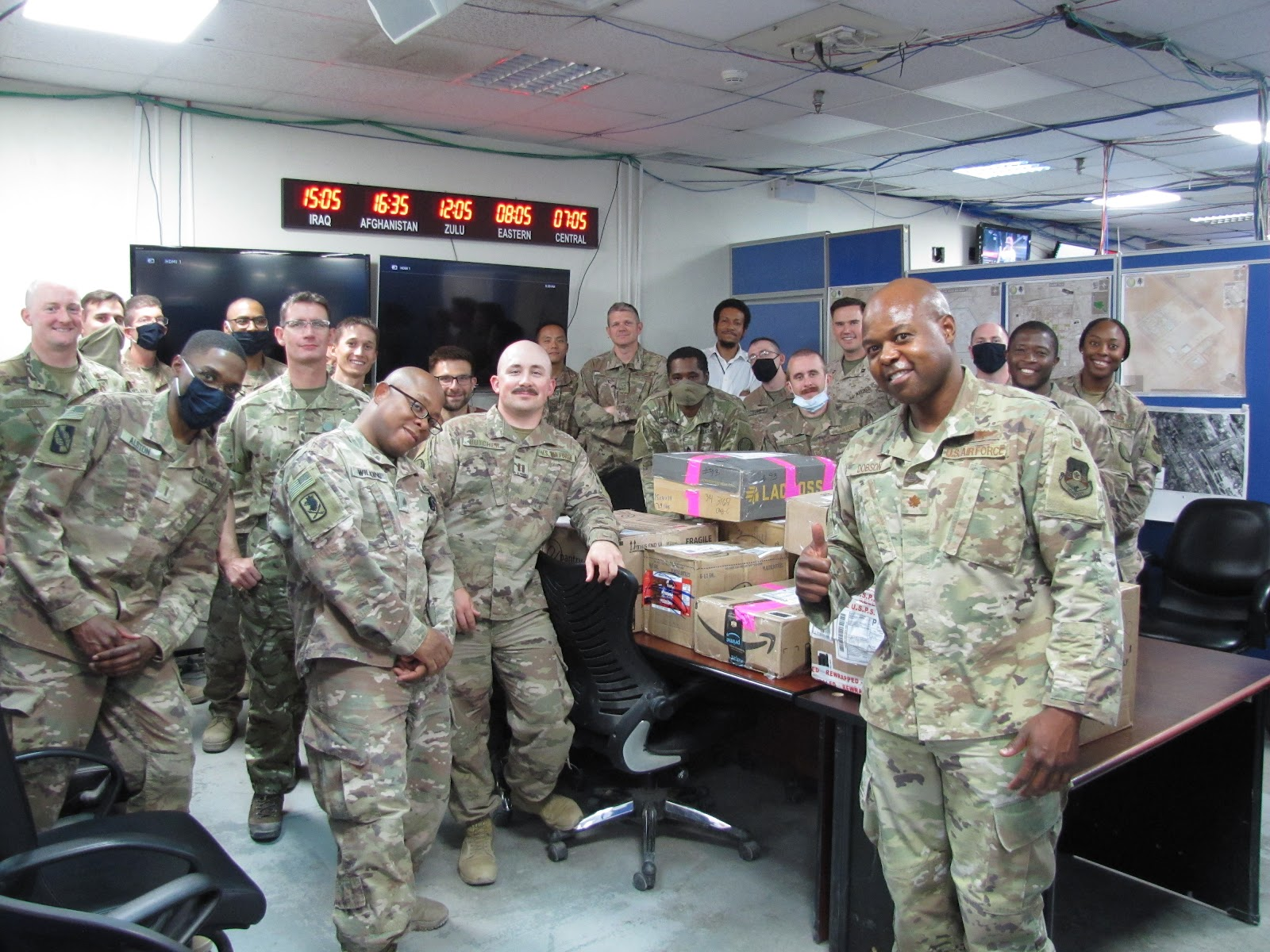soldiers in kuwait with br soldier outreach care packages