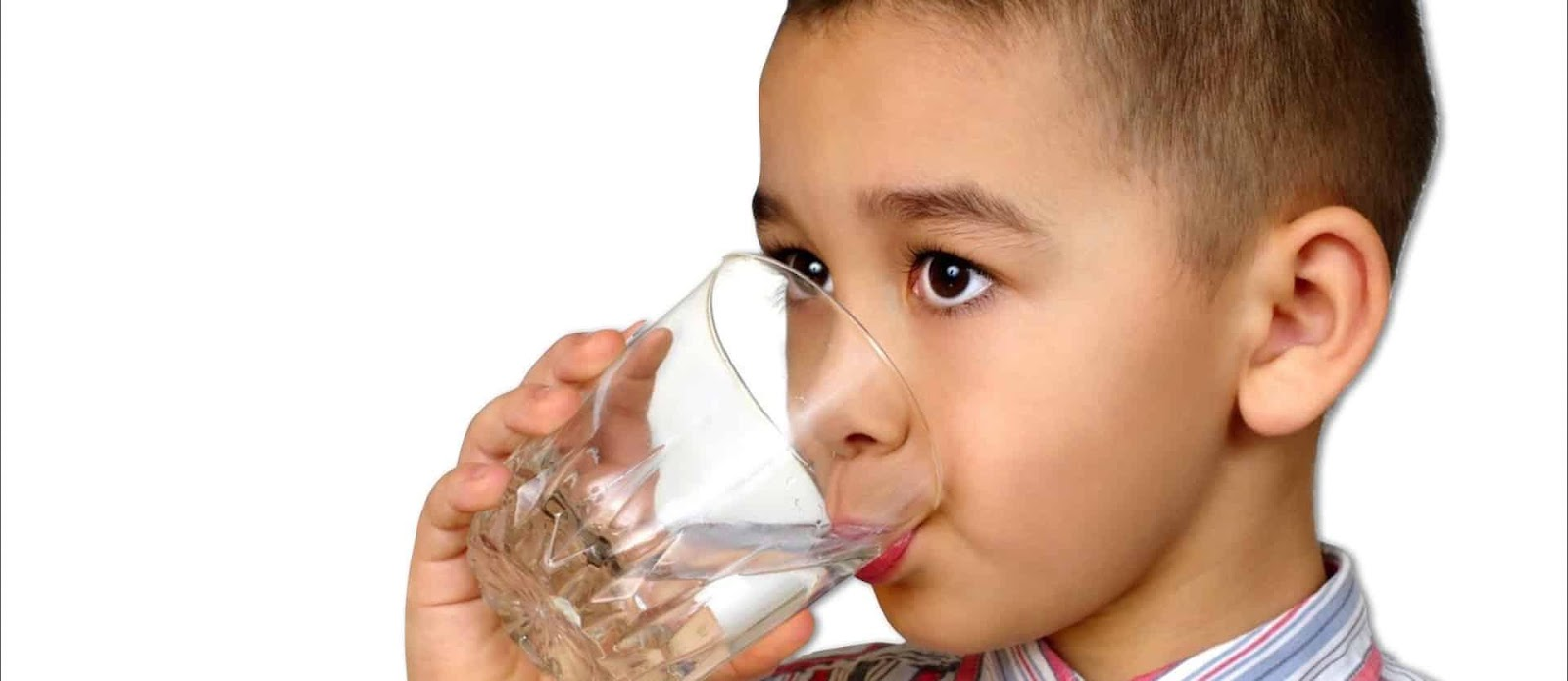 NF-May1-Does-a-Drink-Of-Water-Make-Children-Smarter.jpg
