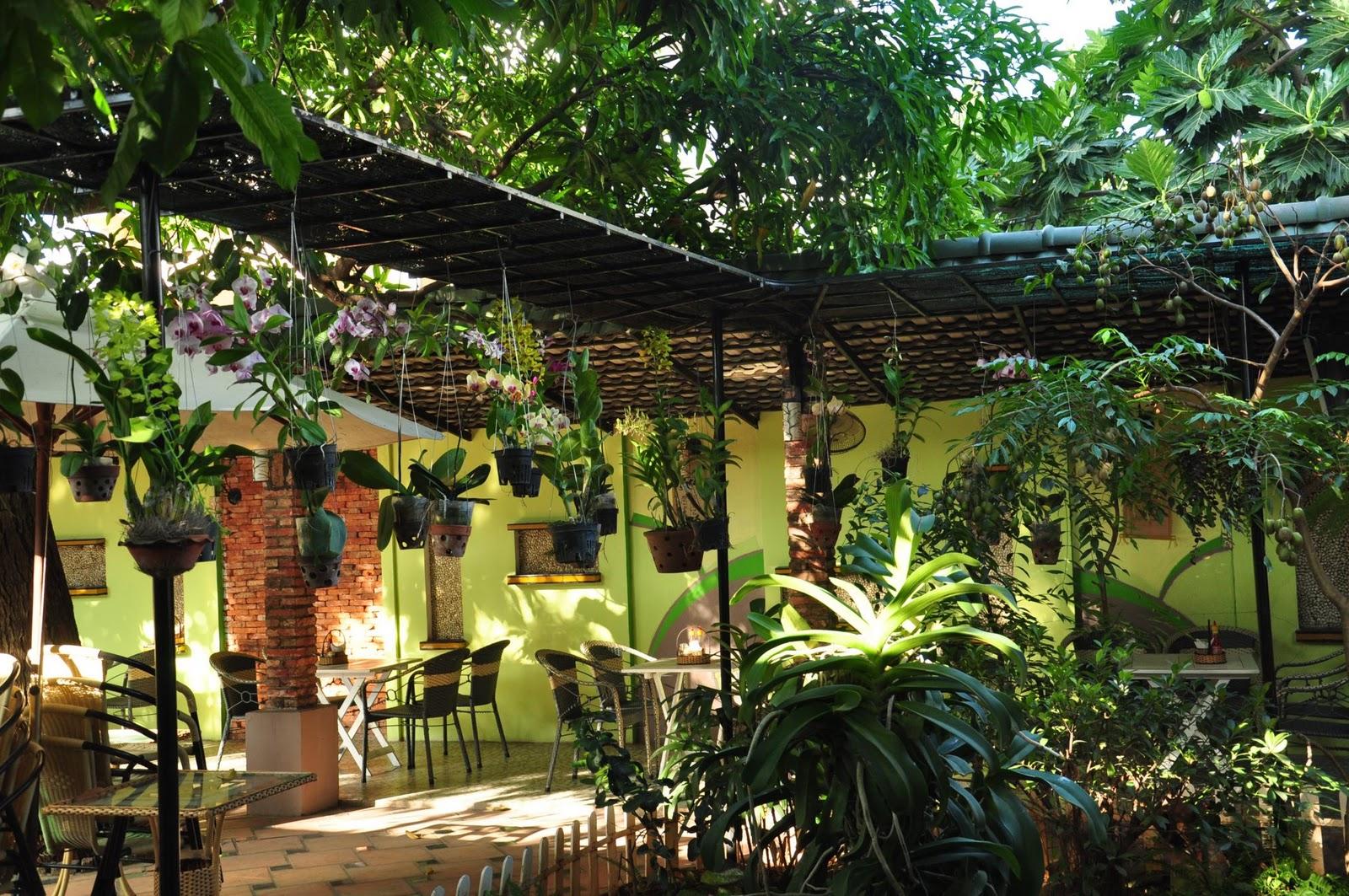 Nhà ở kết hợp kinh doanh sân vườn