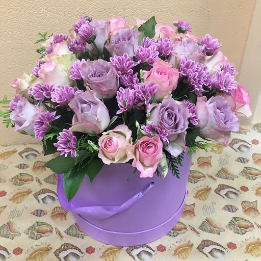 2395 руб - Купить цветы в шляпной коробке в СПб