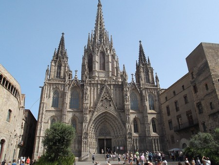 la catedral de barcelona.jpg