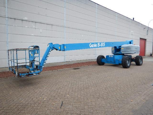 xe nâng người boom lift Genie S85