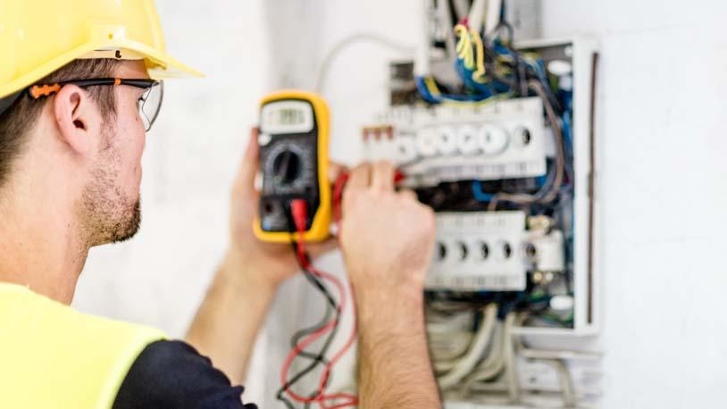C:\Users\PC\Downloads\how-to-become-a-electrician.jpg