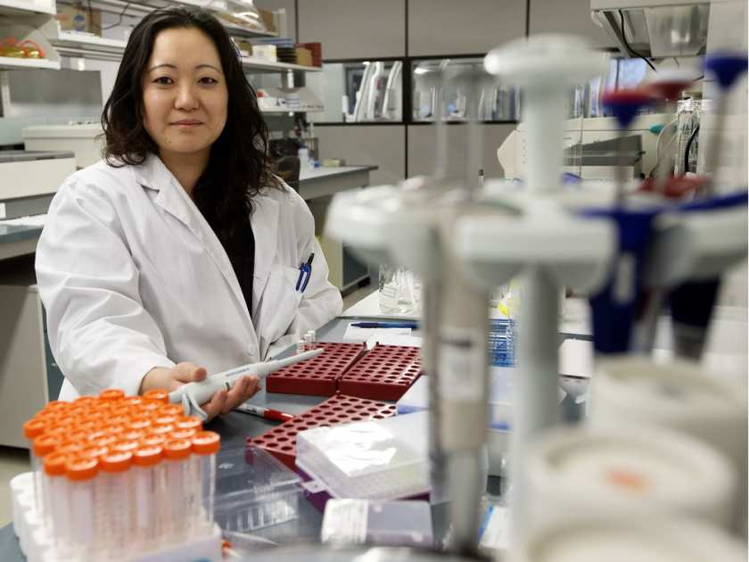 Alberta's new chief medical examiner, Dr. Elizabeth Brooks-Lim, in the toxicology lab at the Medical Examiner's Office on Monday, Dec. 19, 2016.