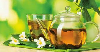 Làm đẹp da với nước trà xanh mỗi ngày