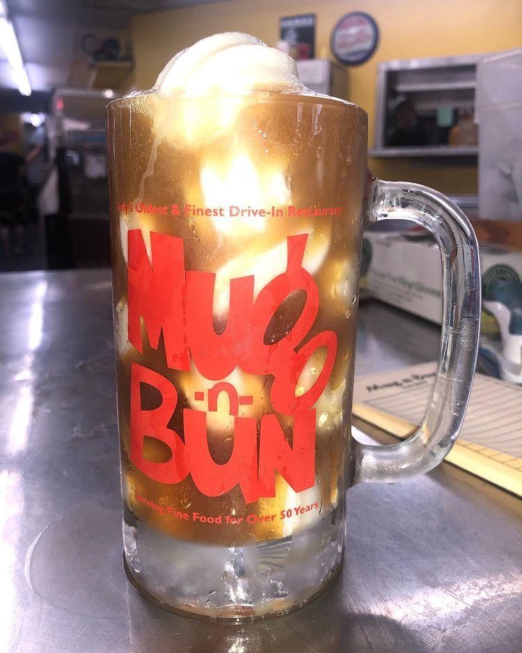 Root beer float from Mug 'n Bun