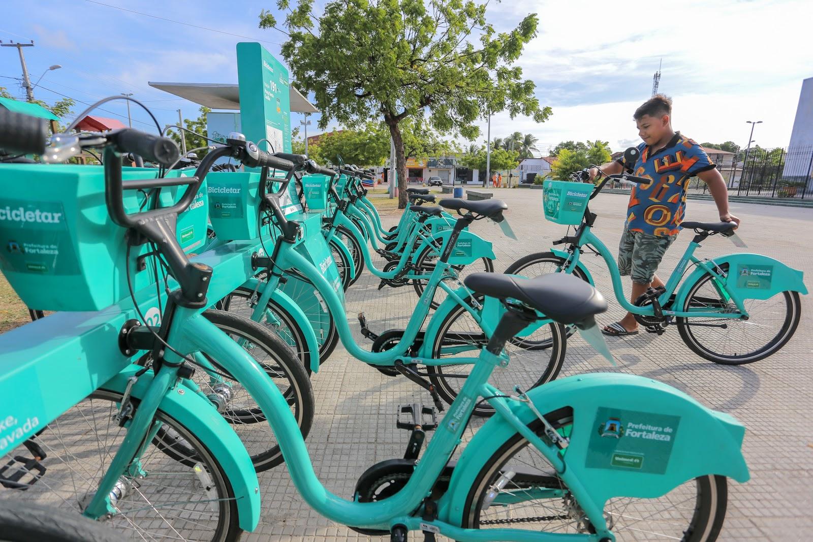 Projeto Bicicletar é um exemplo de como integrar ciclomobilidade ao transporte coletivo no Brasil (Fonte: Prefeitura de Fortaleza/Reprodução)