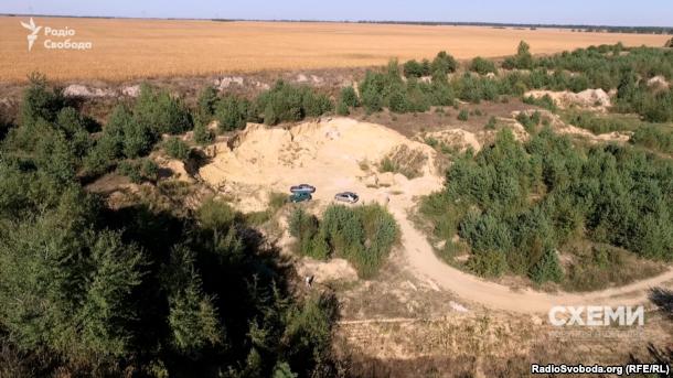 В кар'єрі у селі Крупець Хмельницької області проступила вода