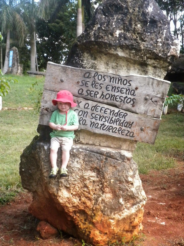At Bosque Ariguanabo...Teach children to be honest and to defend nature with wisdom