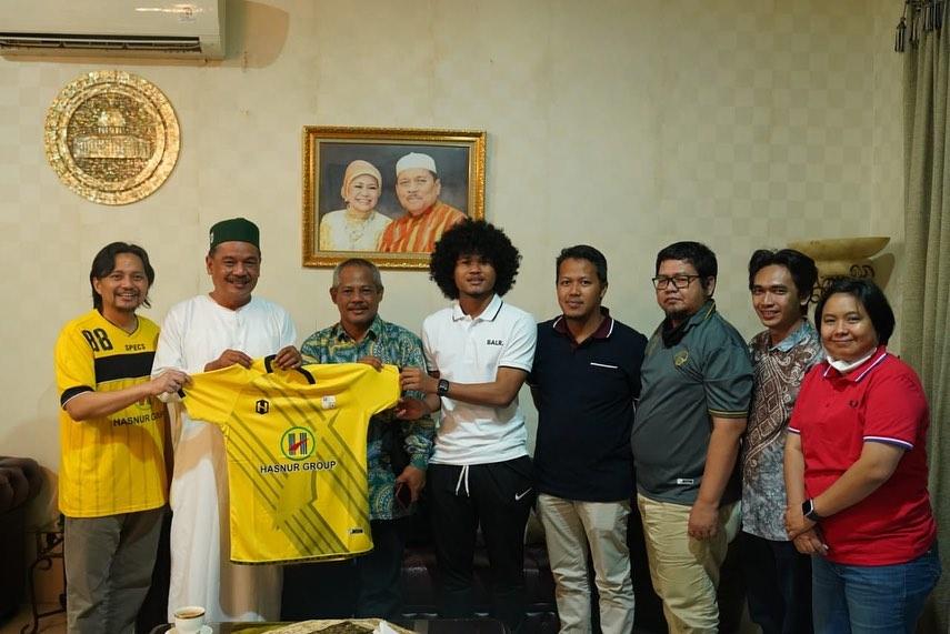 Bagus Kahfi usai tandatangani kontraknya di PS Barito Putera
