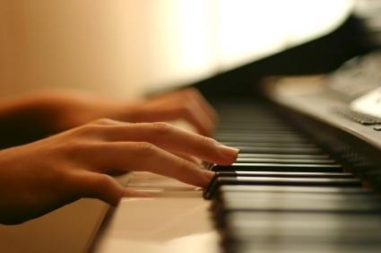 piano-playing-1.jpg