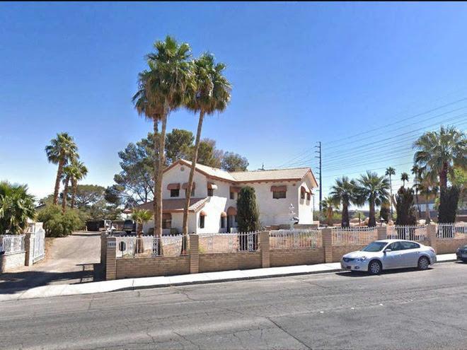 Không ai tin căn nhà nhỏ này có trị giá tới 18 triệu USD cho tới khi khám phá bí mật được ẩn giấu bên trong - Ảnh 2.