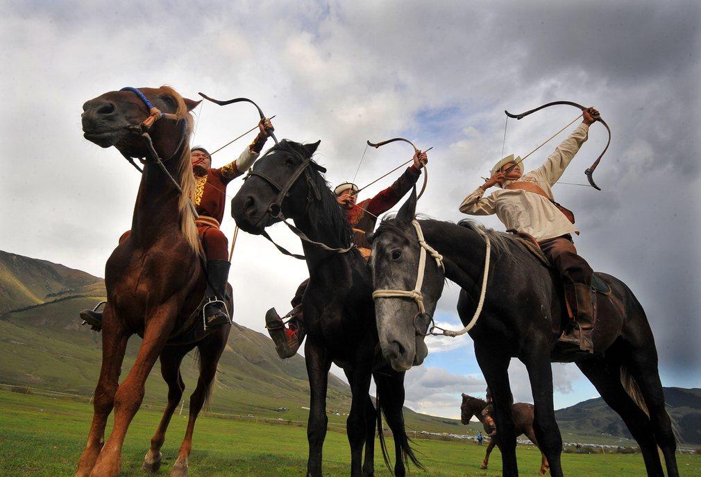 Nomad Games 2016, Cholpon-Ata, Kyrgyzstan, Genghis Khan, Sports, Stick Wrestling, Kok-boru, Falconry