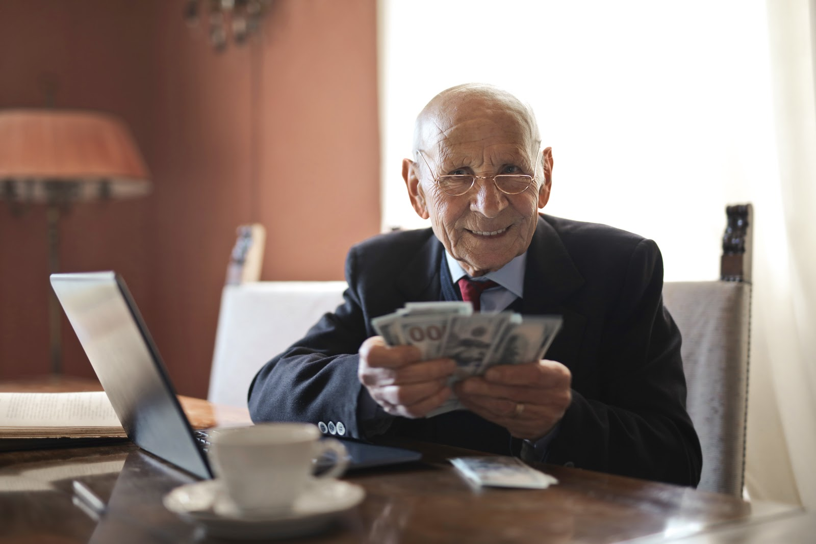 borrow on low-interest installment from lenders