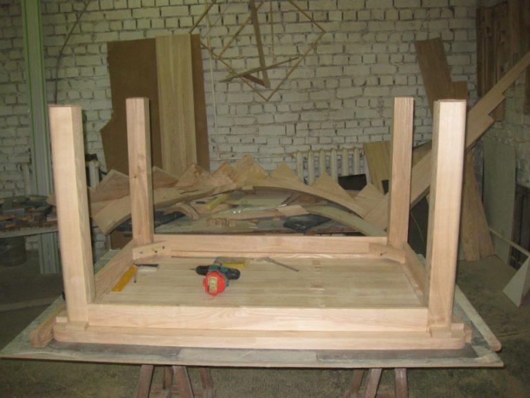 Изготовление простого маленького стола своими руками