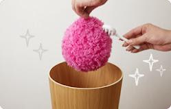 4.清洗方便,可用附贈的刷子刷除或取下集塵布直接搓洗