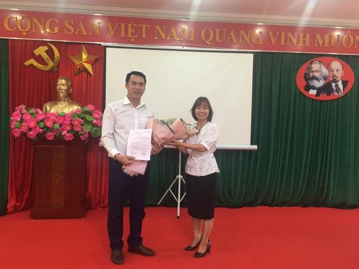 Lễ kết nạp đảng viên mới - Chi bộ số 2, Đảng bộ Phân hiệu Đại học Thái Nguyên tại tỉnh Lào Cai