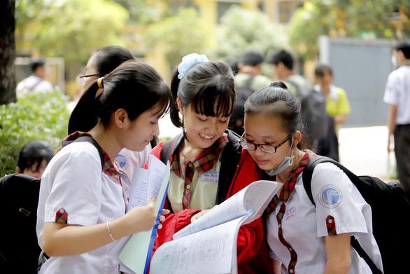 Gần 50% thí sinh ứng tuyển vào lớp 10 TP.HCM có điểm dưới 5 - Ảnh 1