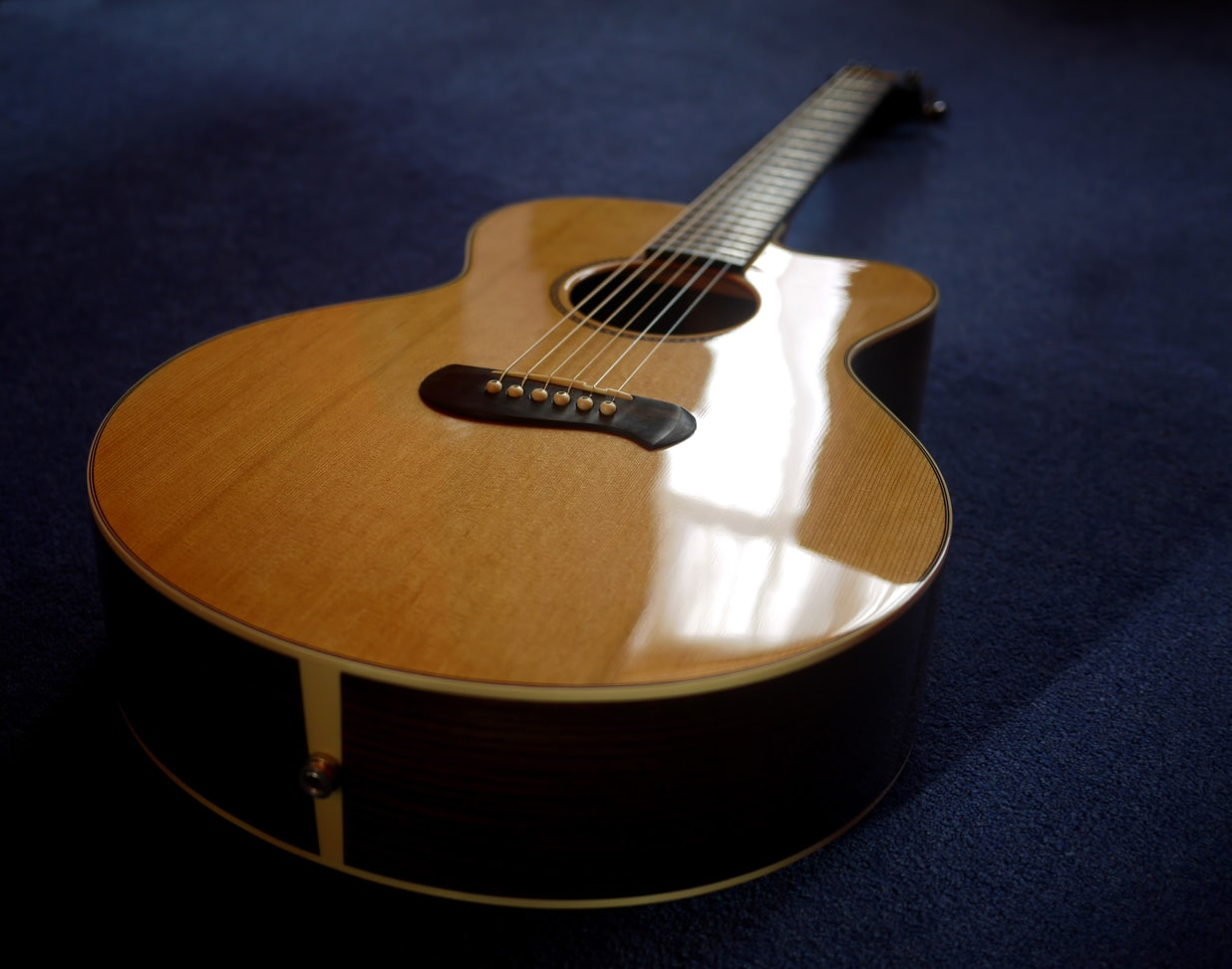 polishing your guitar